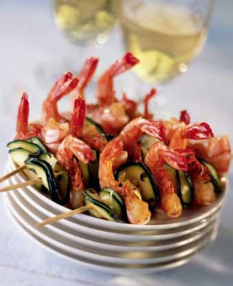 Новогодний стол морепродукты креветки